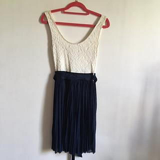 Forever New Off White & Navy Lace/Pearl Dress
