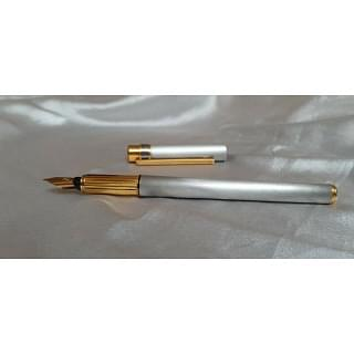 Must de Cartier Brushed Steel Gold Trim 18kt Fountain Pen