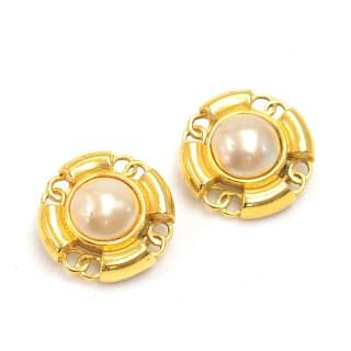 Chanel Gold Vintage Large Pearl X Tone Cc Logo Round Earring
