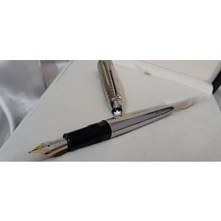 Montblanc Meisterstuck Solitaire Stainless Steel II 146 Fountain Pen