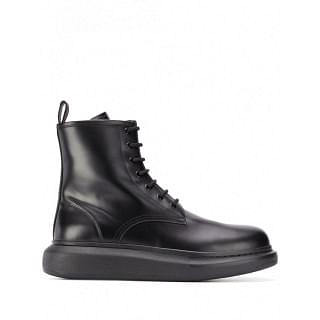 ALEXANDER MCQUEEN OVERSIZED LEATHER BOOTS - INTTSB844184121