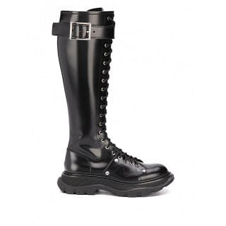 ALEXANDER MCQUEEN TREAD LEATHER BOOTS - INTTSB847663624