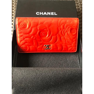 Chanel Camellia Long Red Leather Wallet